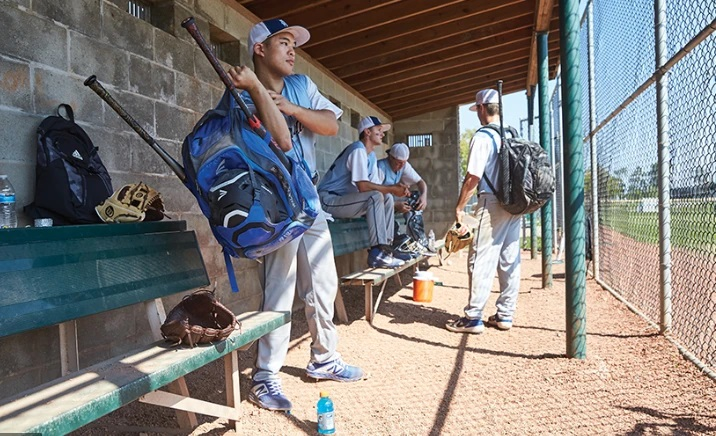 Why The Baseball Coaches Bag Would Be A Perfect Selection? We Can Tell You